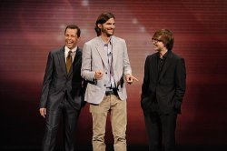 ashton-kutcher-two-and-a-half-men-12_595